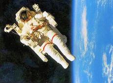 宇宙飛行士はなぜ元気になって帰ってくるのか